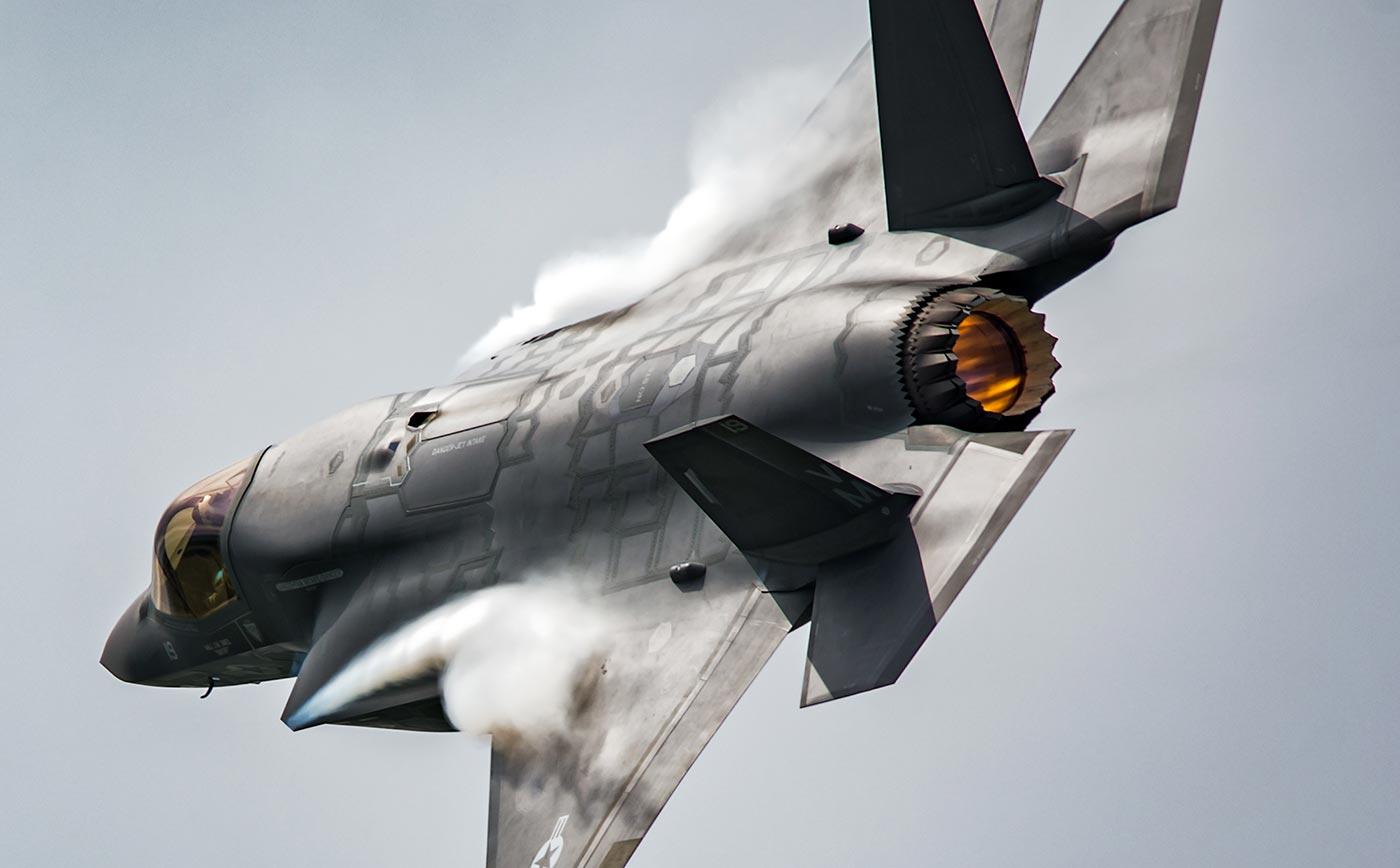 F-35 Fighter Jet Flying